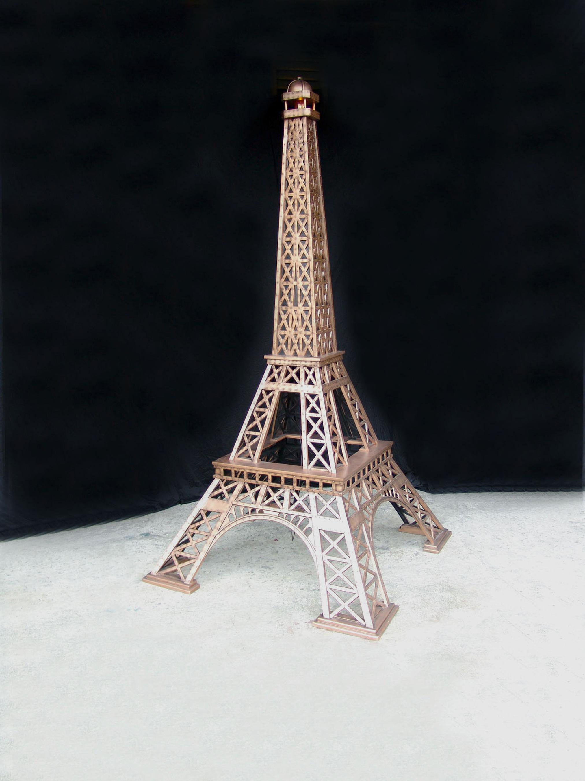 13' Eiffel Tower
