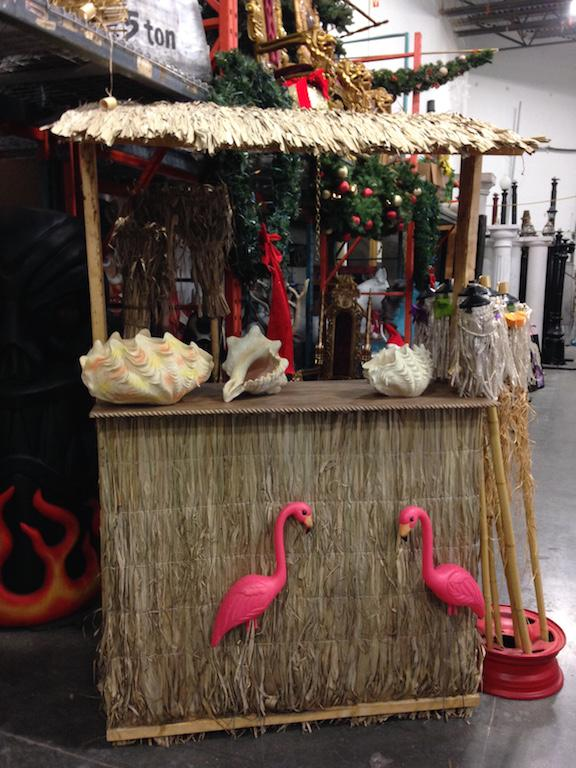 4 Ft Tiki Bar
