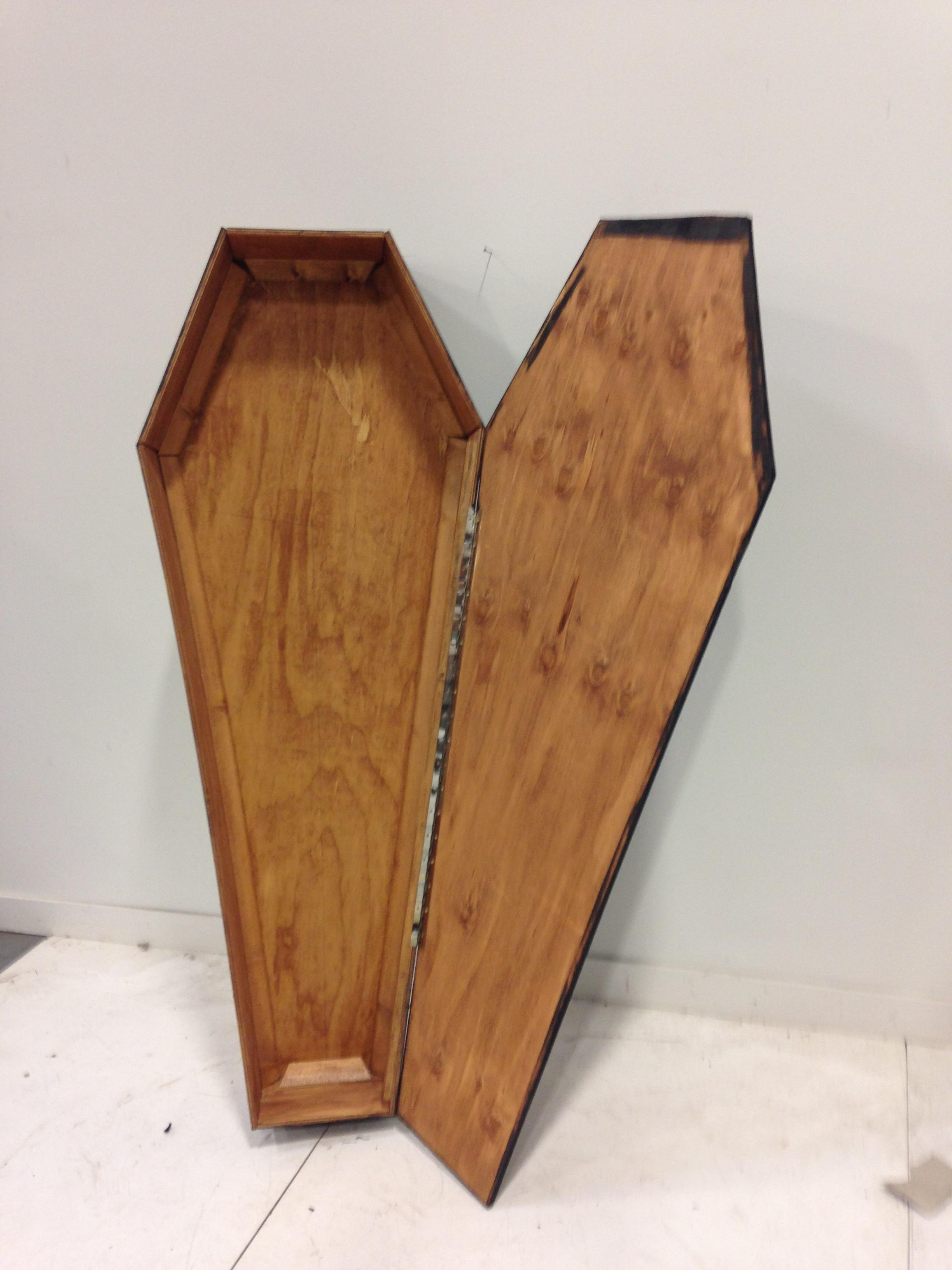 6 ft coffin