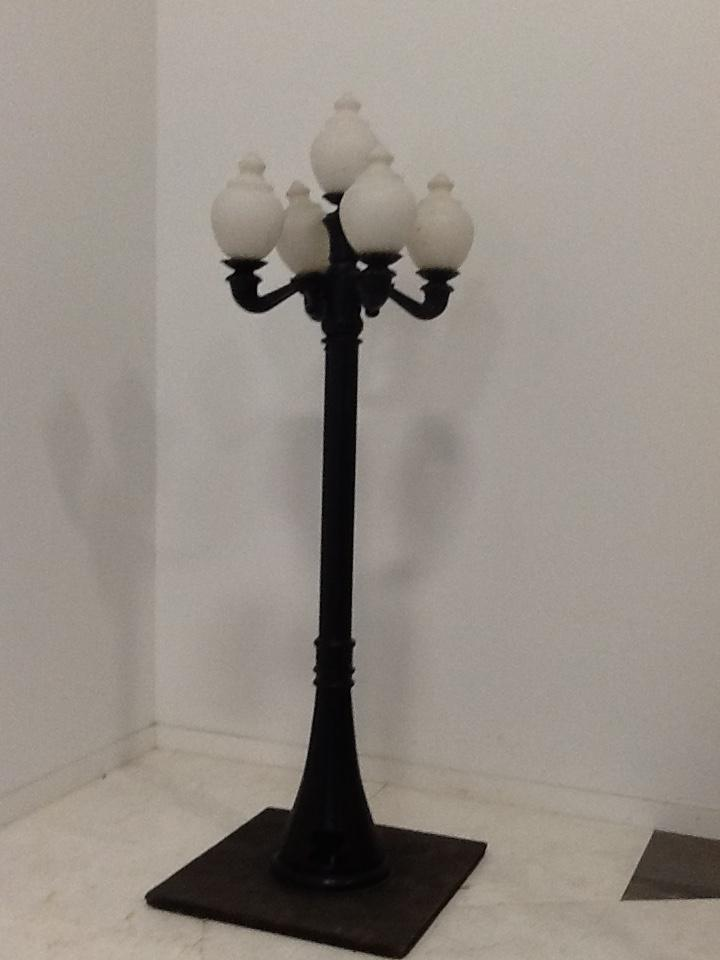 8 Ft Lamp Post w5 Acorn Globes