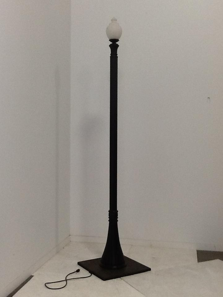 12 Ft Single Lamp Post w/Acorn Globe